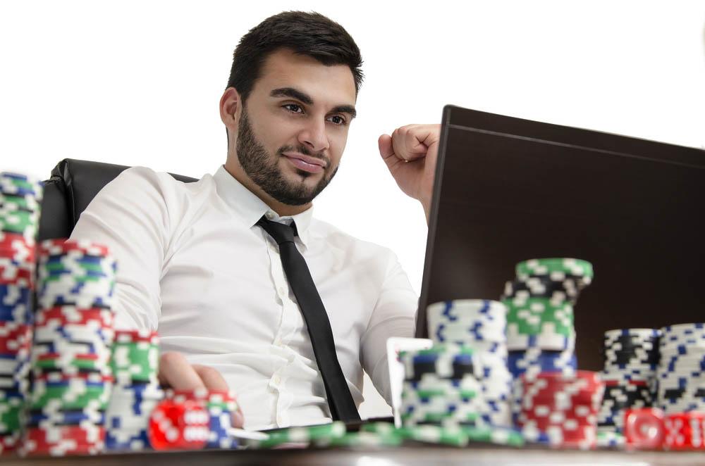 オンラインカジノを活用したお金の増やし方